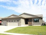 4500 S Tribbey Trl Sioux Falls SD, 57106