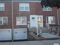 86-27 256th St Floral Park NY, 11001