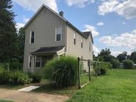 418 Foster Ave Cambridge OH, 43725
