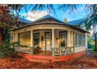 631 6th St Springfield OR, 97477