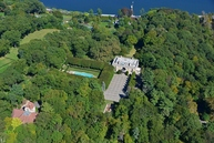 249 Cleft Rd Mill Neck NY, 11765