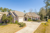 19266 Country Club Ln Hammond LA, 70401