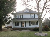 7302 Dickinson Rd Greenleaf WI, 54126