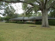 2001 N. Plantation Greenville MS, 38701