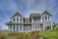 520 Sw Cove Point Depoe Bay OR, 97341