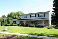 1367 Carriage Hill Freeport IL, 61032
