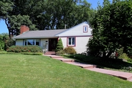 350 Old Tote Rd Mountainside NJ, 07092