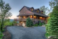 384 Highland Lakes Rd Blowing Rock NC, 28605