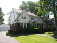 387 Central Parkway Ave Southeast Warren OH, 44483