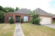 634 Beacon Drive Youngsville LA, 70592
