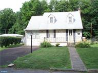 27 Oak Ave Penndel PA, 19047