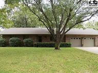 4508 Foothill Dr Hutchinson KS, 67502