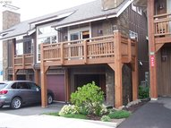 132 E Surfcrest  A2a Cannon Beach OR, 97110