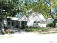25 N Red Maple Dr Wantagh NY, 11793