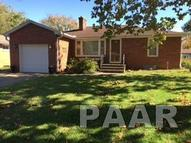 206 Twin Oaks Court East Peoria IL, 61611