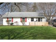 924 East Dr Sheffield Lake OH, 44054