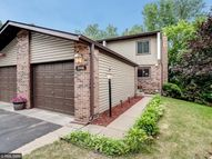 2448 Mendelssohn Lane Golden Valley MN, 55427
