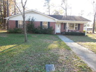 222 Pinehurst Dr Folkston GA, 31537