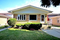 8336 W Maple Ave Norridge IL, 60706