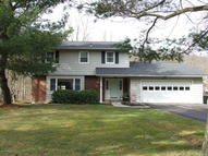 27 Walden Drive Mountain Top PA, 18707