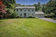 7 Teague Drive Salem NH, 03079