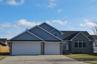 875 South Laura Lane Diamond IL, 60416