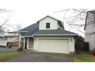 1057 Sw 24th St Troutdale OR, 97060