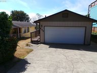 260 N Cammann St Coos Bay OR, 97420