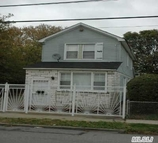 115-21 128th St South Ozone Park NY, 11420