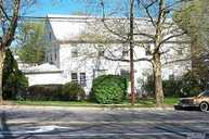 2 Red Brook Rd Great Neck NY, 11024