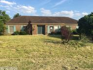 31 Red Bud Way Taylorsville KY, 40071