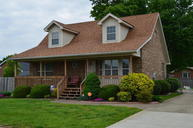 5703 Ree Dr Louisville KY, 40216