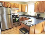 32 Warren St B Norwood MA, 02062