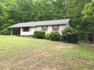 42 Travis Lane Parsons TN, 38363