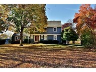 4 Gregory Pl Old Saybrook CT, 06475