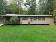 1445 Kibler Rd New Waterford OH, 44445