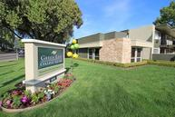 Green Leaf College Square Apartments Davis CA, 95616