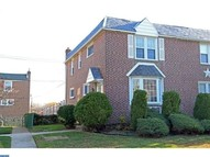 441 N Oak Ave Clifton Heights PA, 19018