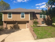 216 W Heritage Dr Raymore MO, 64083