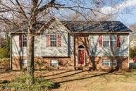 216 Valley Dr Columbia TN, 38401