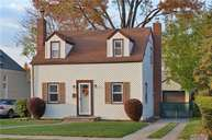 7 Waters Pl Valley Stream NY, 11581