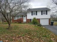 102 Neiffer Rd Royersford PA, 19468