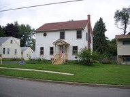 1109 Queen Anne Street Woodstock IL, 60098