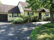8 Colonial Court Queensbury NY, 12804