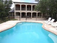 222 Mountain Laurel Concan TX, 78838