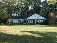 413 Country Club Lane Hopkinsville KY, 42240