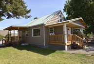 402 5th Ave Twisp WA, 98856