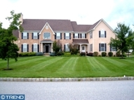 1129 Hedgerow Dr Garnet Valley PA, 19060