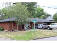 605 N 11th St Cottage Grove OR, 97424