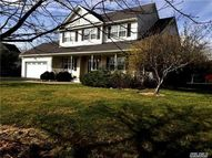 34 Paige Ln Moriches NY, 11955